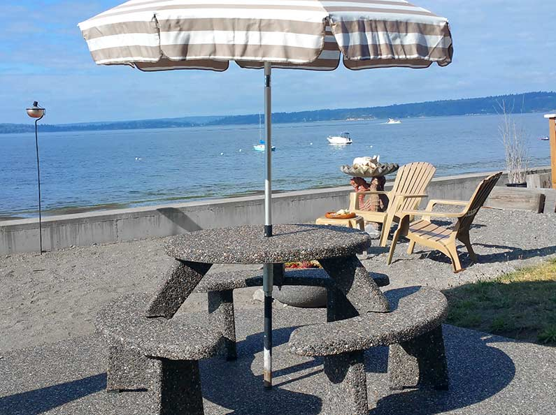 cAggregate Stone Table with Umbrella