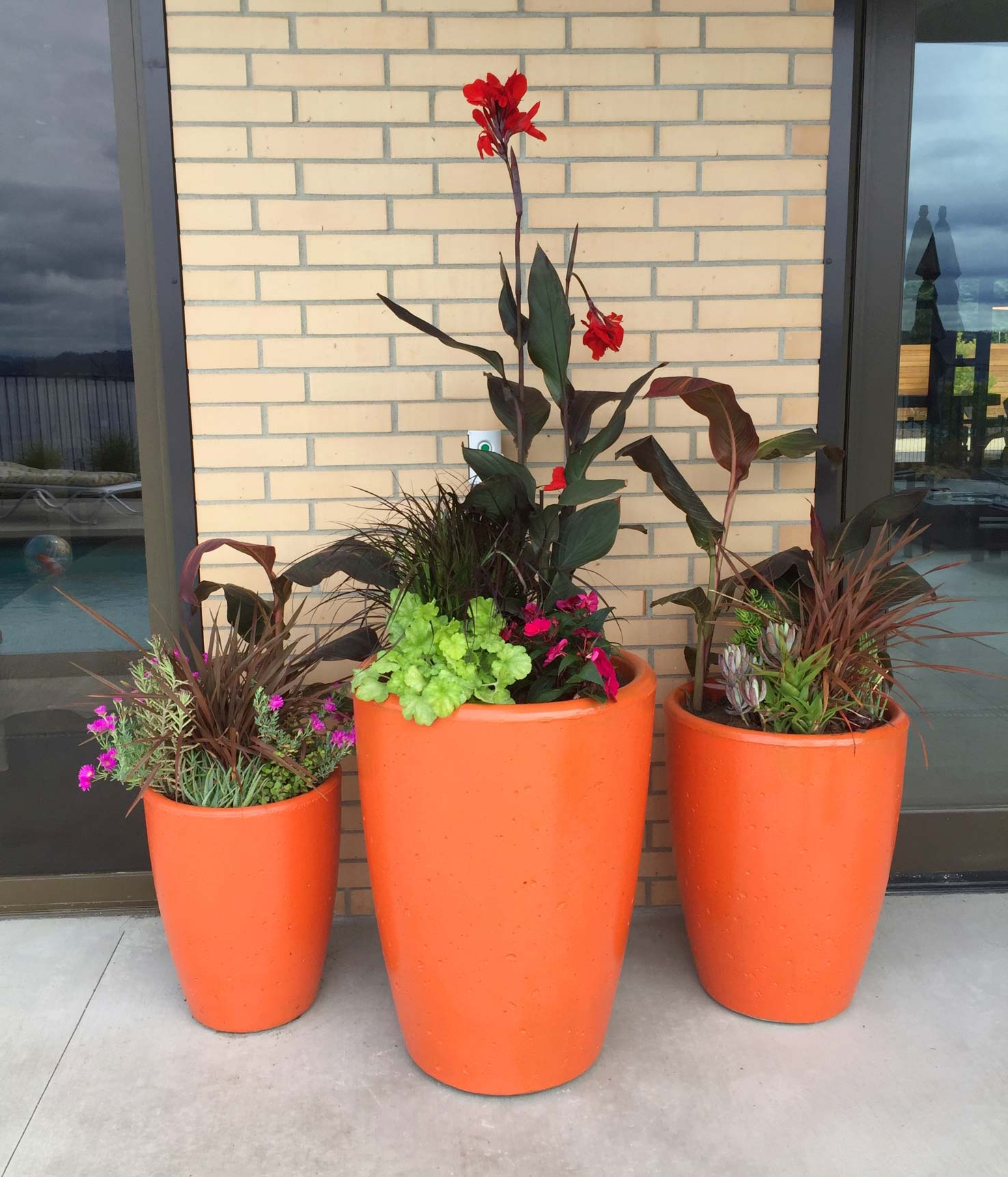 Xinh Concrete Planters and Cement Pots, Bowls and Saucers by Ornamental Stone Inc.